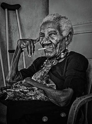 South America Wall Art - Photograph - Woman Of Cartagena by Paul Gs