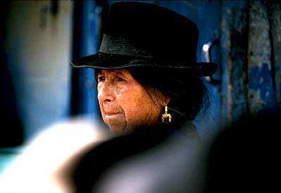 Photograph - Woman Of Lima by Robert  Rodvik