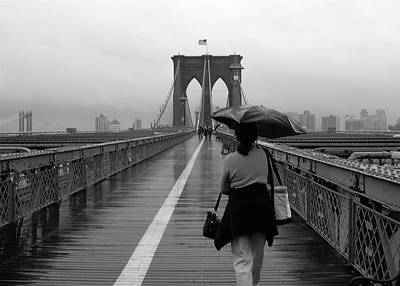 Woman On Brooklyn Bridge Art Print
