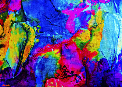 Photograph - Gigantic Colors by Renee Anderson