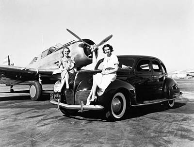 Photograph - Women, Lincolns And Airplanes by Underwood Archives