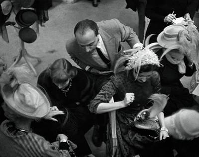 Boyd Photograph - Women Shopping At Mr. John by Constantin Joffe