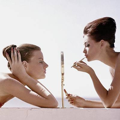 1960 Photograph - Women With A Mirror by Leombruno-Bodi