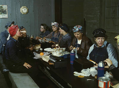 Group Of Women Talking Photograph - Women Workers Having Lunch by Stocktrek Images