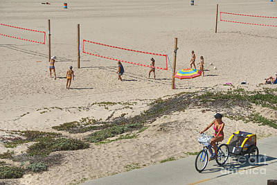 Photograph - Women's Volleyball Manhattan Beach Ca by David Zanzinger