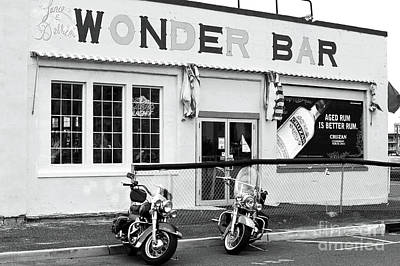Asbury Park Photograph - Wonder Bar by John Rizzuto