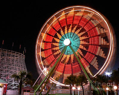 Wonder Wheel - Slow Shutter Art Print by Al Powell Photography USA