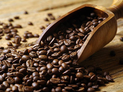 Coffeehouse Photograph - Wood Scoop And Coffee Beans by Ron Sumners