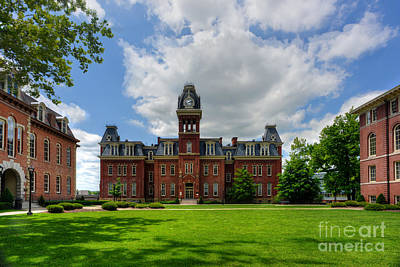 Woodburn Hall Photograph - Woodburn Hall Early Afternoon Summer Day by Dan Friend