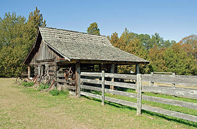 Photograph - Wooden Barn by Charles Beeler