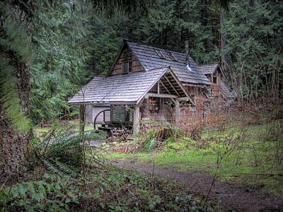 Log Cabins Photograph - Rustic Cabin by Jane Linders