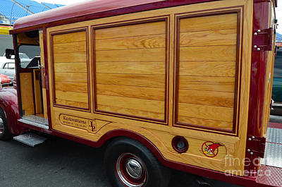 Photograph - Woody Panel Truck by Mark Spearman