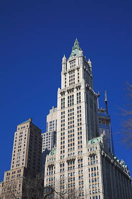 Photograph - New York City - Woolworth Building 2 by Frank Romeo