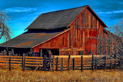 Photograph - Working Barn Of Yuba County by William Havle
