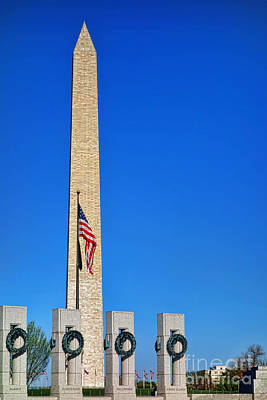 Photograph - World War II Memorial And Washington Monument by Olivier Le Queinec
