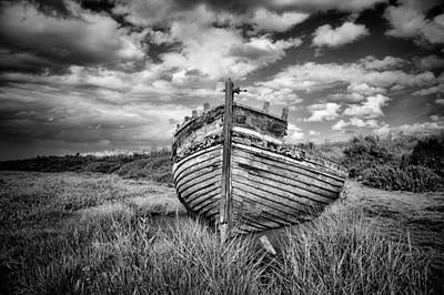 Photograph - Wreck by Ian Merton