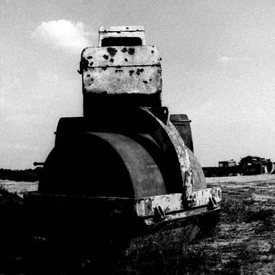 Photograph - wreck II by Mariusz Zawadzki