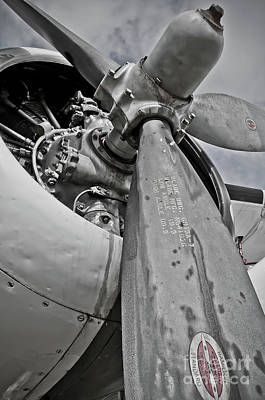 Fan Art Photograph - Wright R-1820-82 Cyclone by Charles Dobbs