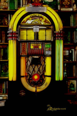 Photograph - Wurlitzer 1946 Jukebox - Featured In Comfortable Art Group by Ericamaxine Price