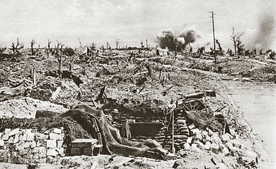 Photograph - Wwi Battle Of Arras, 1917 - To License For Professional Use Visit Granger.com by Granger