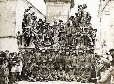 Photograph - Wwi British Soldiers In The Mediterranean by Historic Image