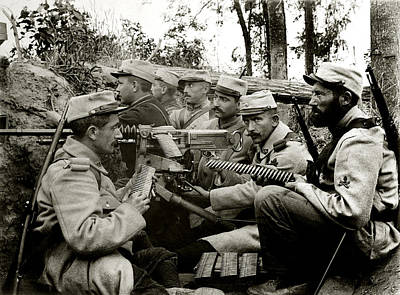 Photograph - Wwi French Machine Gun Crew by Historic Image