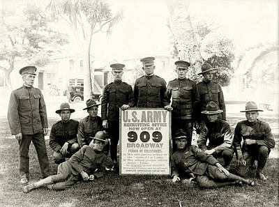 Photograph - Wwi Us Army Recruiters Of California by Historic Image
