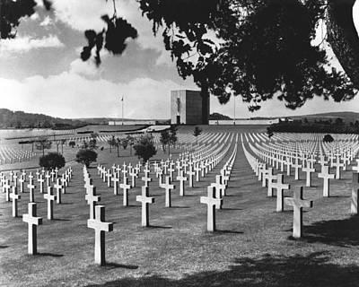 Ww Ii Photograph - Wwii Lorraine Cemetery by Underwood Archives