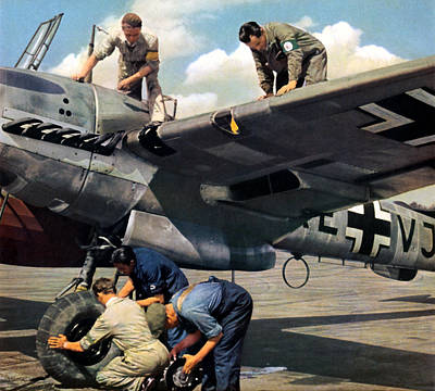 Painting - Wwii Luftwaffe Ground Crew At Work by Historic Image