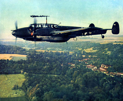 Painting - Wwii Three German Luftwaffe Bf-110 In Flight by Historic Image