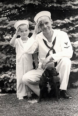 Photograph - Wwii Us Navy Sailor And Son by Historic Image