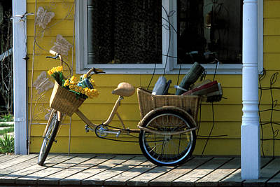 Photograph - Wyebridge Bicycle by John Jacquemain