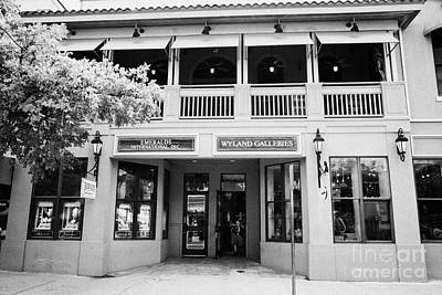 Wyland Photograph - Wyland Art Gallery And Emerald Store Key West Florida Usa by Joe Fox