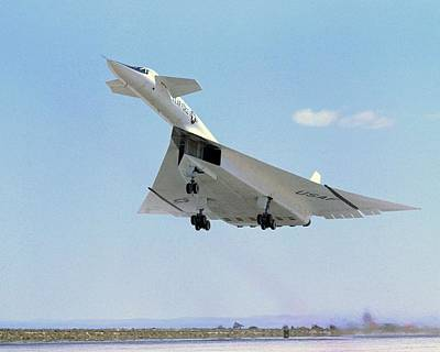 Airbase Photograph - Xb-70 Valkyrie Supersonic Aircraft, 1965 by Science Photo Library