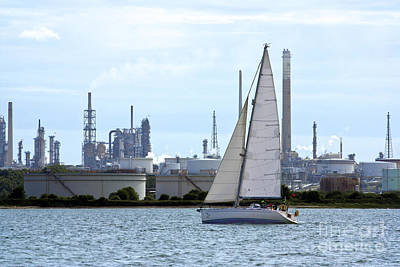 Comedian Drawings - Yacht Passing Fawley by Terri Waters
