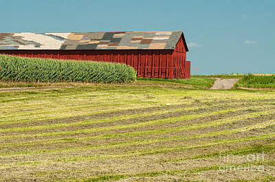 Connecticut Photograph - Yankee Farmlands No 15 - Tobacco Barn And Hayfield by JG Coleman