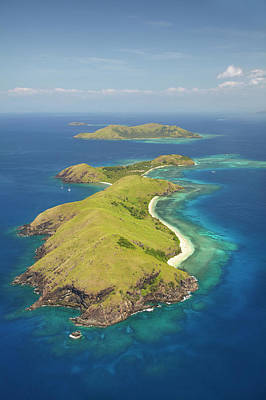Yanuya Island, (and Tavua Island Print by David Wall