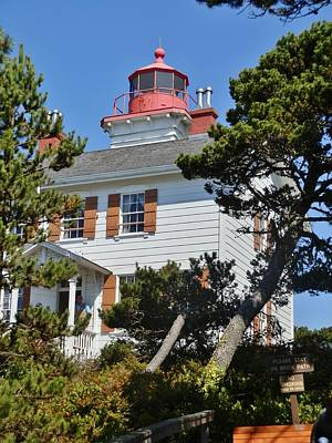 Photograph - Yaquina Bay Lighthouse by VLee Watson