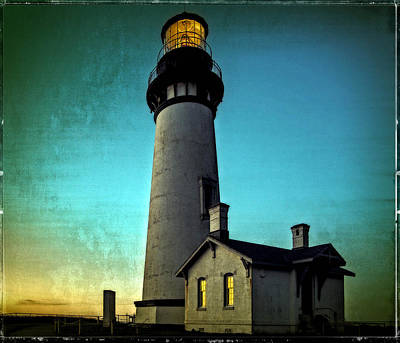Yaquina Head Lighthouse At Sunset Art Print