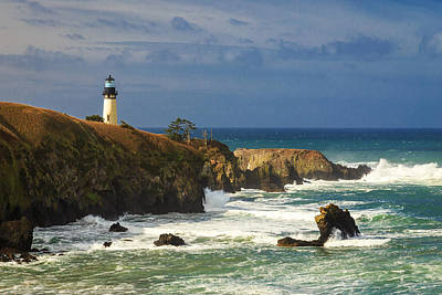 Photograph - Yaquina Head Lighthouse by James Eddy