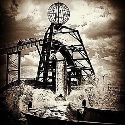 Norfolk Wall Art - Photograph - Yarmouth Log Flume by Iain Carter