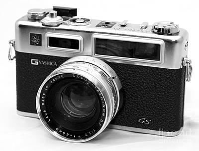 Photograph - Yashica Gs Rangefinder by John Rizzuto