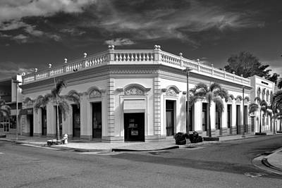 Photograph - Yauco Historic Building B W 1 by Ricardo J Ruiz de Porras
