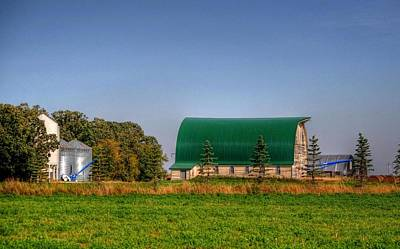 Photograph - Ye Old Old Green Barn by Larry Trupp