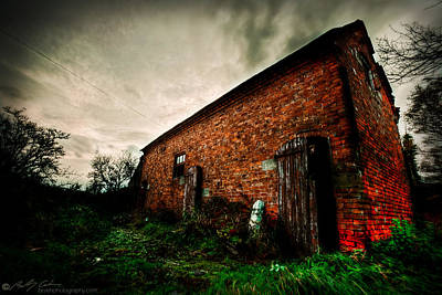 Photograph - Ye Olde Brick Barn by Beverly Cash