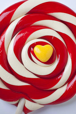 Lollipop Photograph - Yellow Candy Heart On Sucker by Garry Gay