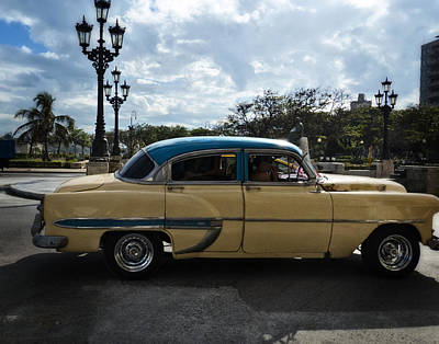 Photograph - Yellow Cuban Car by Ann Tracy