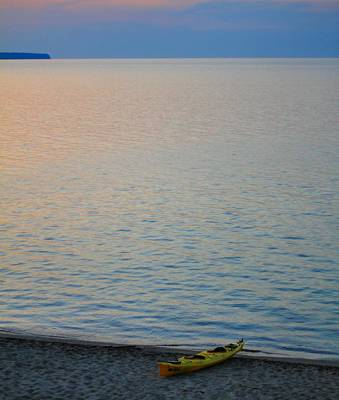 Yellow Kayak On The Beach At Lake Superior Art Print by Dan Sproul