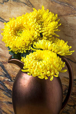 Yellow Mums In Copper Vase Print by Garry Gay