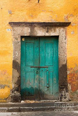 Door Photograph - Yellow Wall With Green Door. by Oscar Gutierrez